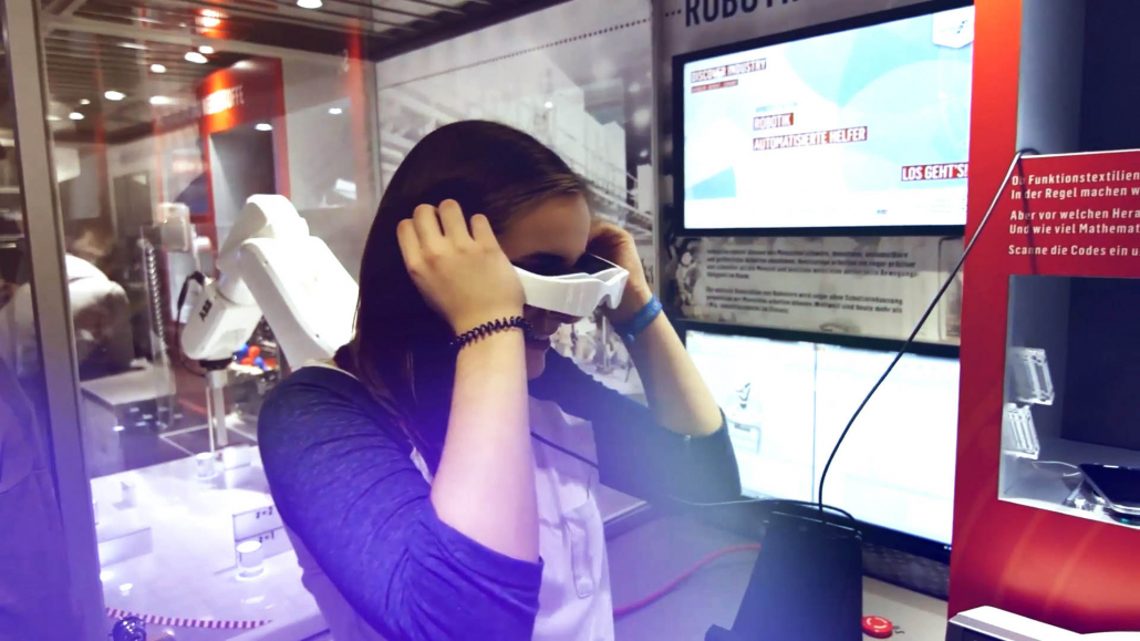 Virtual Reality im Roadshow Truck DISCOVER INDUSTRY